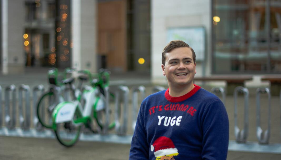 Andreas Trohjell, leder for Studentparlamentet ved Universitetet i Bergen, ønsker seg opptak av forelesninger til jul. Foto: