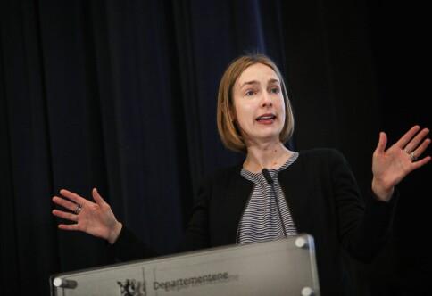 Hør rektorer på vei ut av møtet hos Nybø