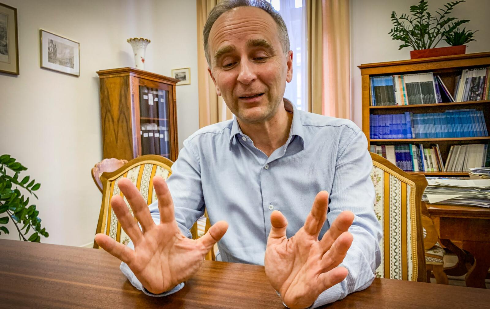 Prorektor Zsolt Enyedi ved Det sentraleuropeiske universtet (CEU). Foto: Espen Løkeland-Stai