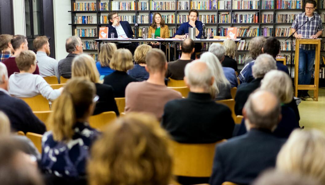 Formidling er viktig. Men formidleri står på Kjæstads liste over skavanker. Bildet er fra et debattmøte på Litteraturhuset i Oslo. Foto: Ketil Blom Haugstulen