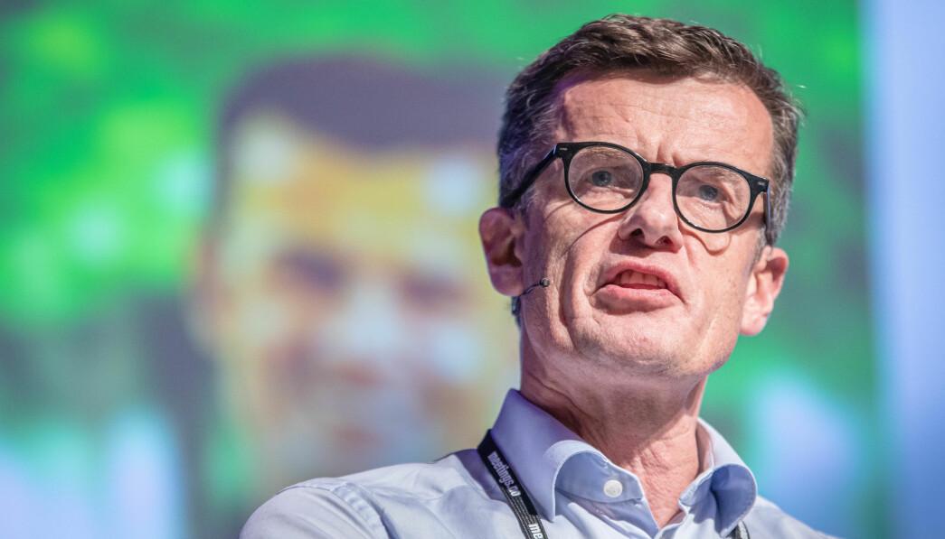 Rektor ved Universitetet i Stavanger, Klaus Mohn, har advart mot å endre skattereglene for oljebransjen.