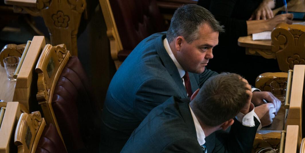 Roy Steffensen (Frp) er leder i utdanningskomiteen på Stortinget. Han forteller at Frp ikke er tilhenger av at Statsbygg skal eie alle byggene ved universiteter og høgskoler