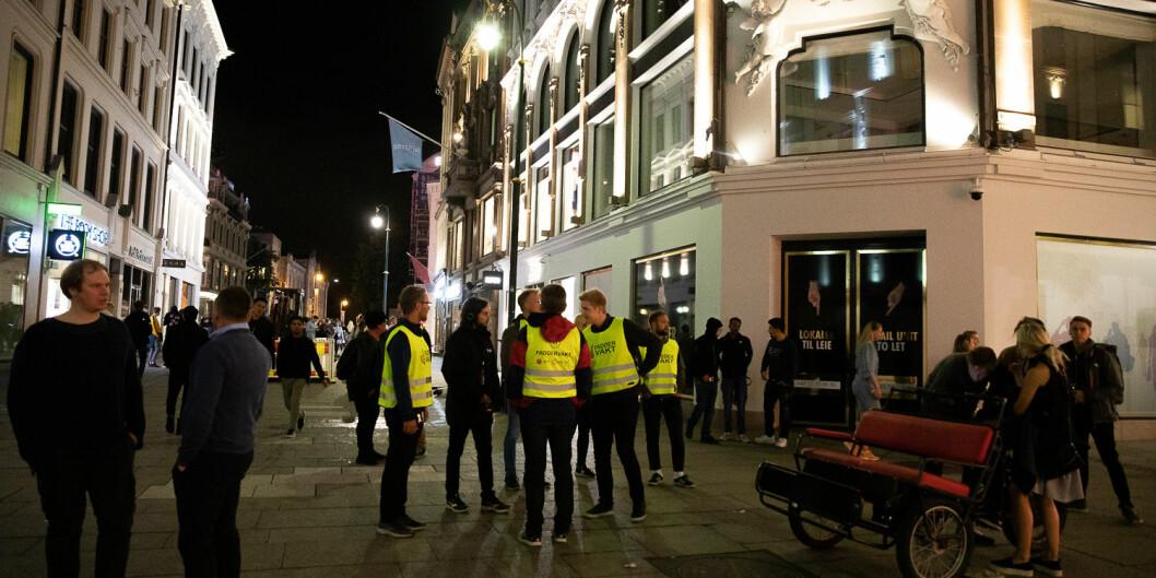Faddervaktene var synlege i Oslo-gatene ved studiestart i 2019, og kjem også til å vera der i år, sjølv om faddervekene er sagt å skulle vera neddempa.