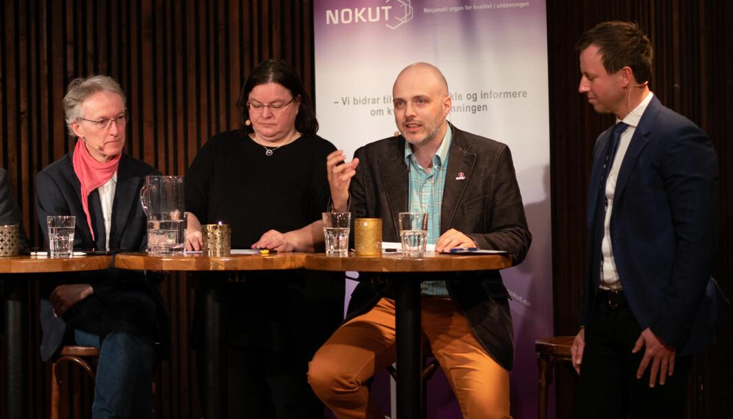 Nokut-frokost der Ronny Kjeldsberg (nummer to fra høgre) satt i panelet. Nå advarer han mot lønnsutviklingen i akademia.