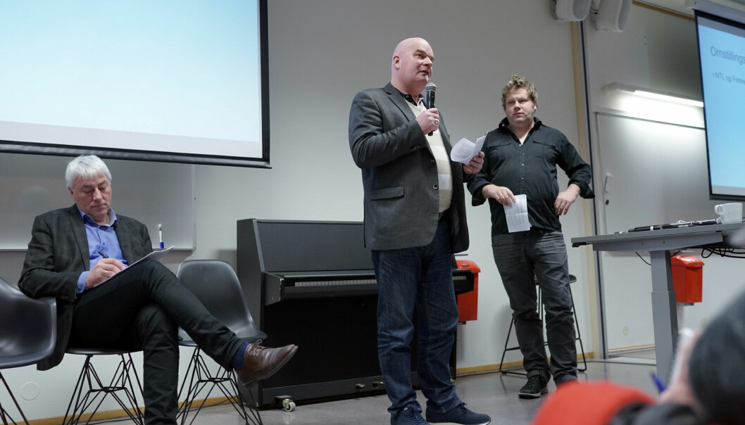 Erik Dahlgren, Forskerforbundet, sammen med daværende leder av NTL, Anders Lyng og daværende organisasjonsdirektør Tore Hansen (tv).