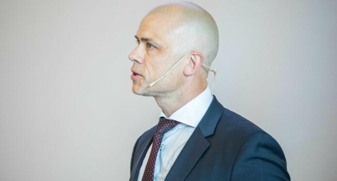 Rektor ved Høgskolen i Østfold, Lars-Petter Jelsness-Jørgensen, ber nasjonale myndigheter om å vurdere trafikklysordningen også i UH-sektoren.