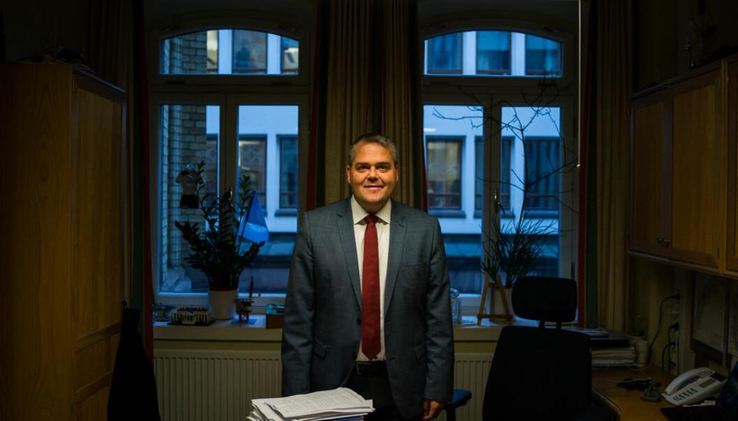 Roy Steffensen (Frp), leder i Utdannings- og forskningskomiteen på Stortinget i perioden 2017-2021. Her fra kontoret hans på Stortinget.