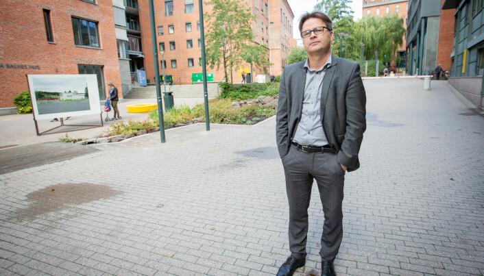 I september ble jeg kjent med at saken ikke hadde blitt lagt bort, sier assisterende universitetsdirektør Tore Tungodden.