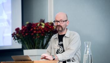 Aksel Tjora søker stilling som instituttleder.