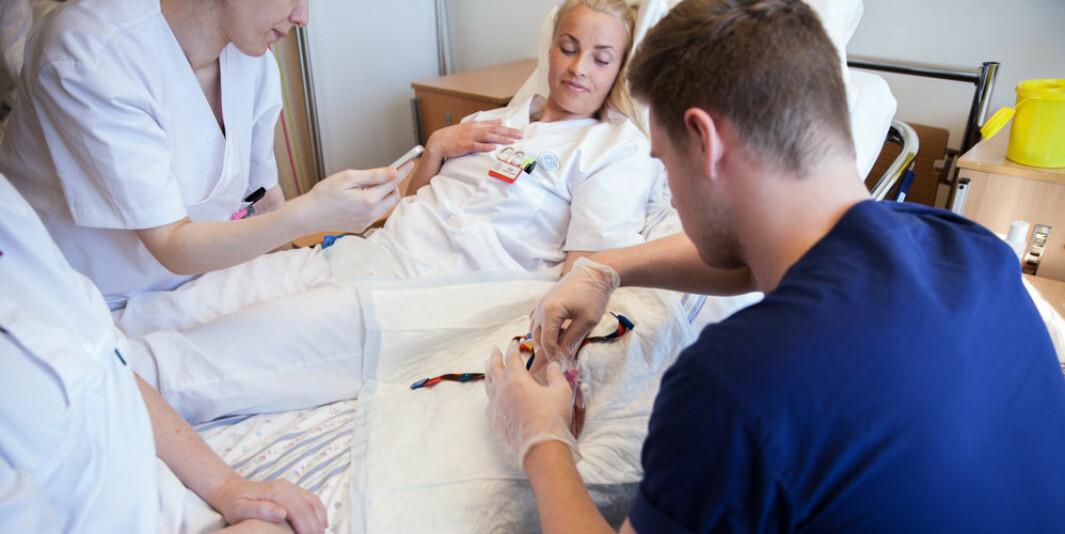 Det hele kan synes som en dårlig skjult profesjonskamp, skriver innleggsforfatterne om debatten rundt sykepleie ved Det medisinske fakultet ved Universitetet i Oslo. Illustrasjonsfoto.
