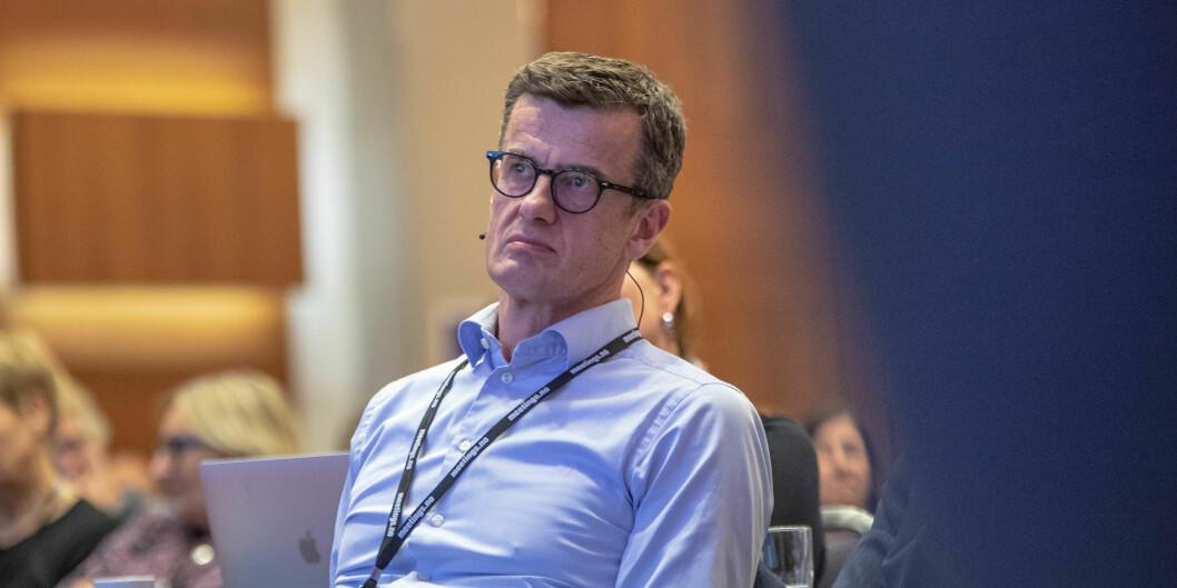 Rektor ved Universitetet i Stavanger, Klaus Mohn, vil ha klarhet rundt spørsmålet om universitetene skal være stengt eller bare litt stengt.