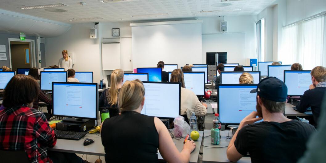 Videregående skoler har måttet avlyse alle eksamener denne våren.