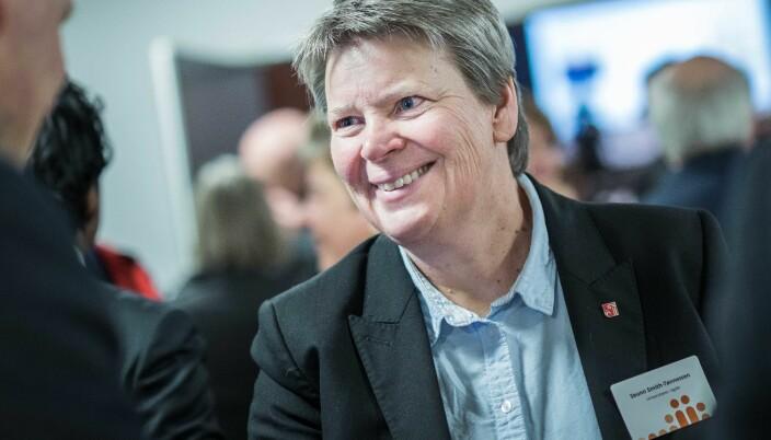 Seunn Smith-Tønnessen er universitetsdirektør i Agder. Hun gleder seg til enmetersregelen fjernes.
