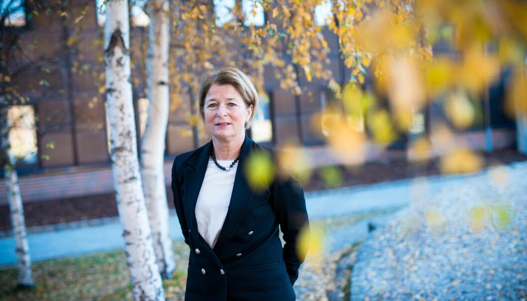 Rektor Anne Husebekk og UiT gleder seg til å ta imot nye studenter ´i august, og håper at de som har planlagt studerer til høsten gjør alvor av å søke innen fristen 15. april.