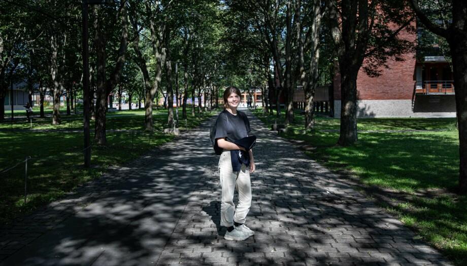 I fjor intervjuet Khrono Tiril Flatebø som deltar på  Honours-programmet til UiO. Et lignende program får lunken mottakelse ved Universitetet i Bergen. Foto: Siri Øverland Eriksen