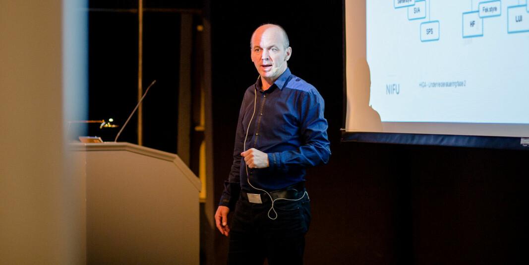 — Lisens er en god måte å lage veldig klare regler for bruk, for eksempel slik at den ikke spres videre, sier Kyrre Lekve, viseadministrerende direktør i Simula om den nye smitte-appen som snart skal lanseres.