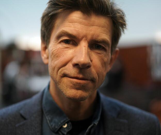To Bragepriser til Dag O. Hessen
