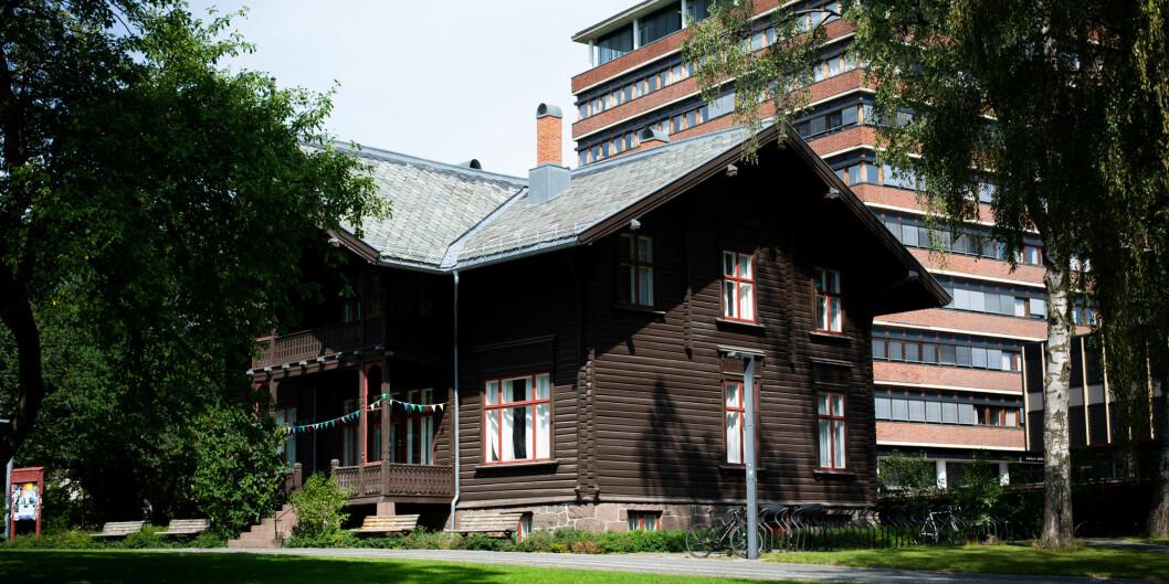 Velferdstinget i Oslo og Akershus og Studentparlamentet ved Universitetet i Oslo deler kontorplass her i Villa Eika.