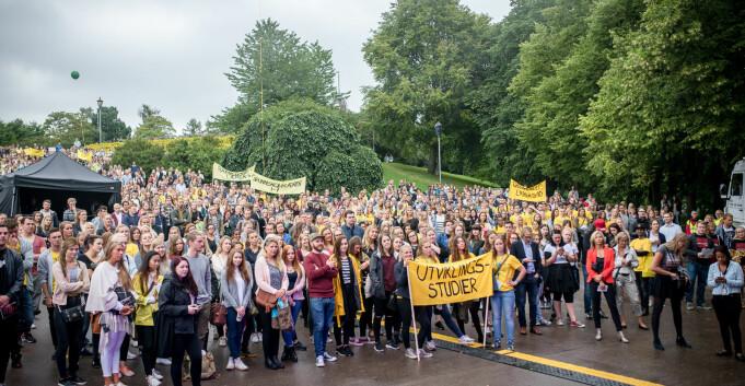 Studentene etterlyser felles korona-tiltak