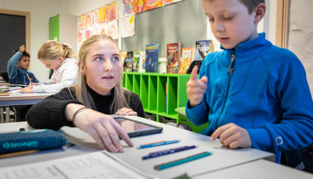 Studenter i lærerpraksis skal ha praksis på såkalt rødt nivå. Det innebærer digital praksis om mulig.