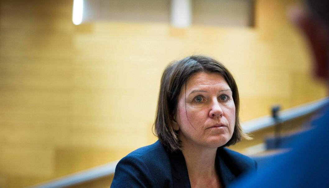 — Det er viktig at Asheim gir et tydelig signal for å skape trygghet i sektoren, sier leder av Akademikerne, Kari Sollien.