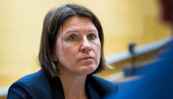 Vil vente med å ta stilling: Kari Sollien.