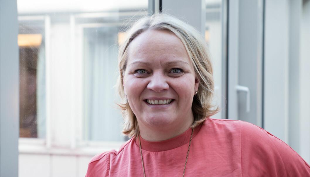 Mona Fagerås (SV) foreslår at Henrik Asheim putter på ekstra studieplasser når han ikke kan endre opptaksreglene.
