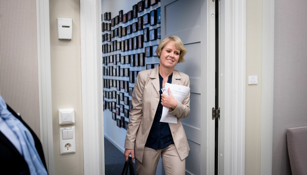 Marianne Aasen skal lede arbeidet med å vurdere dagens opptakssystem til høyere utdanning.