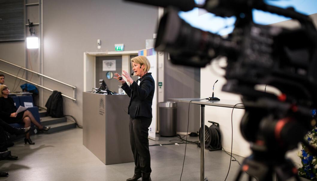 Stillingsstrukturutvalget ledet av Anne Husebekk (bildet) møtes med motforslag av Guro E. Lind sammen med Forskerforbundet.