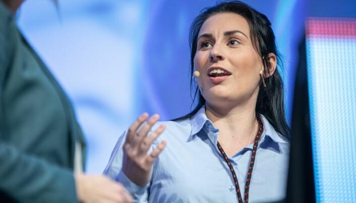 Marte Øien, leder i NSO oppfordrer felst mulig studenter til å svare på bry.deg 2020.