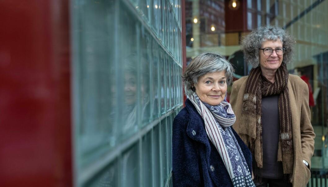 Anne-Brit Kolstø og Ragni Piene er de to første kvinnelige professorene på UiO. Fortsatt går utviklingen for sakte skriver Akademiet for yngre forskere.