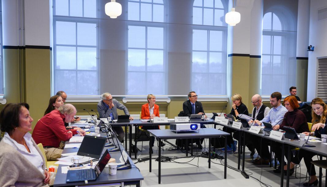 Torsdag skal NTNU-styret orienteres om en Fafo-rapport som har undersøkt de ansattes opplevelse av medvirkning og medbestemmelse. Bildet er fra et styremøte i september 2019.