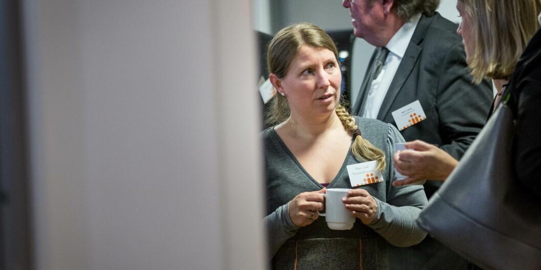 Leder av Forskerforbundet Guro Elisabeth Lind, svarer Kenneth Ruud.