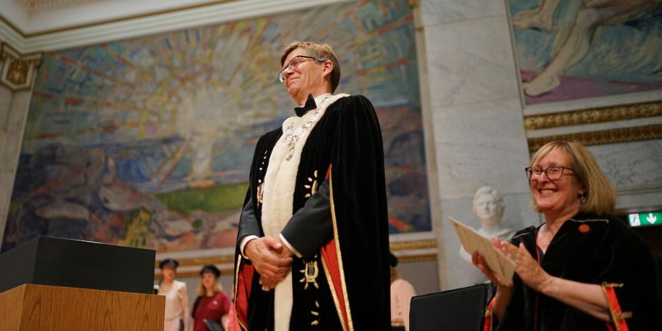 Synleg: Rektor Svein Stølen ved Universitetet i Oslo kan smile breitt over enno ei god plassering på ei internasjonal rangering. Foto: Ketil Blom Haugstulen