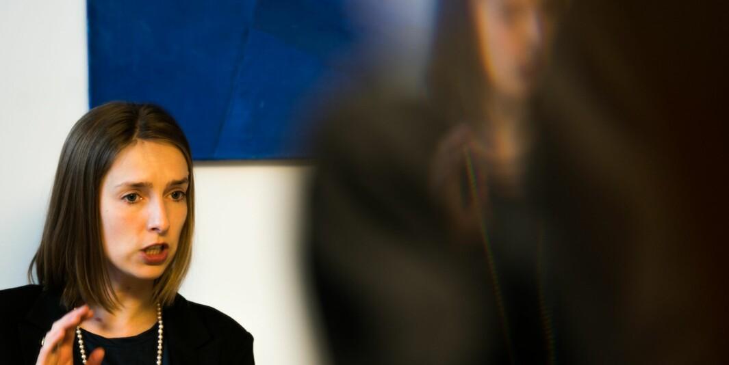 Regjeringen med næringsminister Iselin Nybø vil ha forskning på økonomiske konsekvenser av koronakrisen.