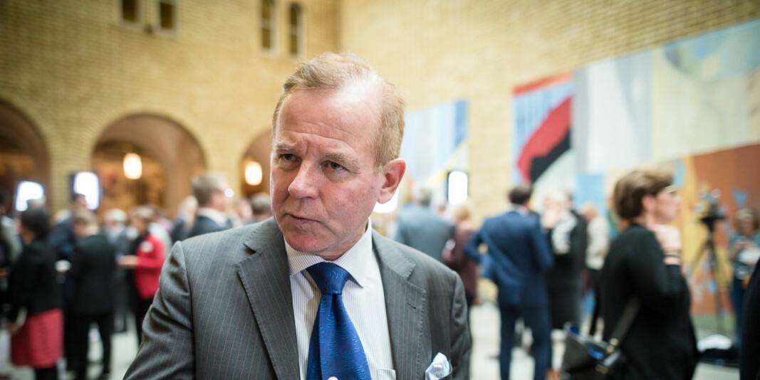 Rektor ved Karolinska institutet, Ole Petter Ottersen ,er en av 12 rektorer i Sverige som ber om flere statlige midler til forskning, i lys av koronakrisen. Bildet er fra i vandrehallenen på Stortinget i 2016, da han var rektor ved UiO.