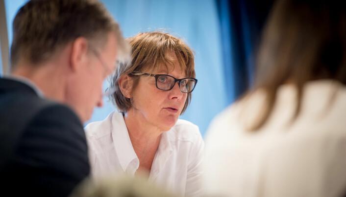 - For meg er enhetlig ledelse det riktige. Jeg opplever det som et forvirrende system når rektor er styreleder, sa styreleder Trine Syvertsen .