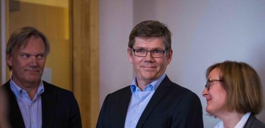 Rektorkunngjøring mellom Stølen og Graver. Stølen og teamet rett etter de har fått vite at de vant.