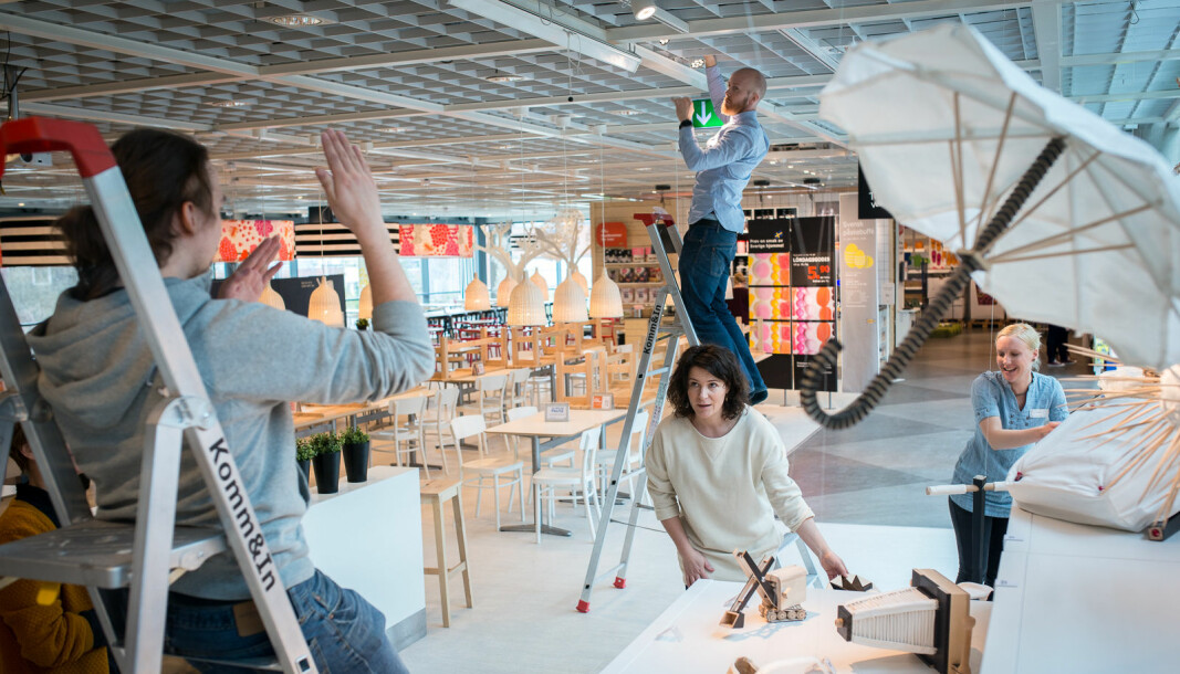 Her stiller tidligere studenter, som ikke har hatt eksamen nå, fra produktdesign ut produkter på Ikea. (Arkivfoto).