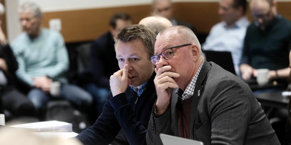 Så lenge man holder seg innenfor den lovmessige ytringsfrihet, kan det ikke være andre enn professoren selv som i en uredigert offentlighet (sosiale medier) beslutter hvordan vedkommende skal titulere seg, skriver Espen Leirset (t.v.). Foto: Siri Øverland Eriksen