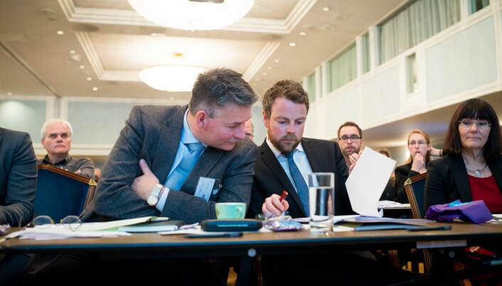 Statssekretær Bjørn Haugstad og kunnskapsminister Torbjørn Røe Isaksen reiste land og strand rundt høsten 2014. det handlet om ny struktur for høyere utdanning i Norge.