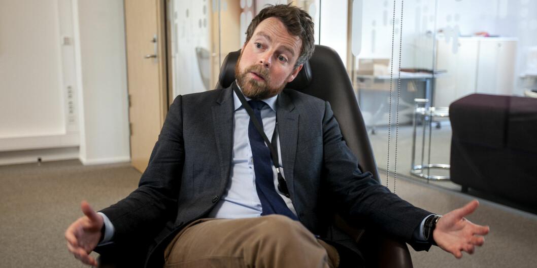 Arbeids- og sosialminister Torbjørn Røe Isaksen lover permitterte arbeidstakere rett til studier og dagpenger samtidig