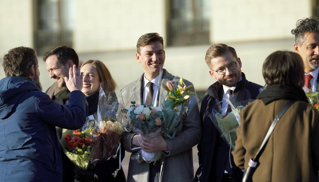 Henrik Asheim på Slottsplassen rett etter hans inntreden i regjeringen som forsknings- og høyere utdanningsminister. Foto: Ketil Blom Haugstulen
