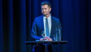 På faglig vorspeil onsdag kveld. Terje Mørland, administrerende direktør i nokut, legger fram tall som viser at folk har økt tillit til kvalitet i utdanningen. Foto: Nokut