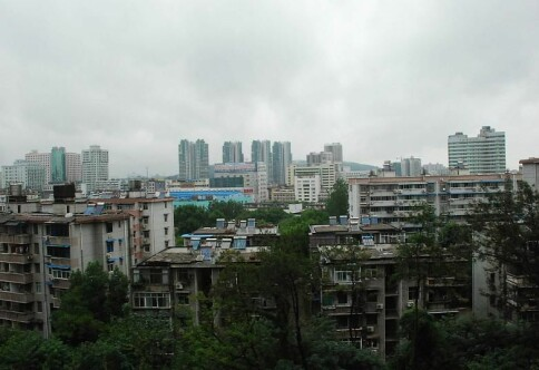 Nå åpnes universitetene i Wuhan etter seks måneder