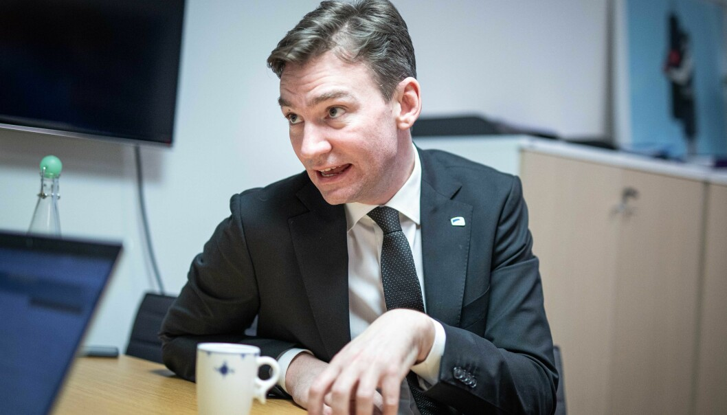 Forskning- og høyere utdanningsminister, Henrik Asheim (H), får ikke bestått av innleggsforfatteren.
