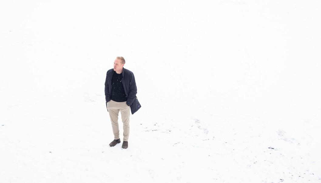 Herman Cappelen, filosof ved Universitetet i Oslo, skrev et innlegg om økonomisituasjonen ved Det humanistiske fakultet forrige uke. Det skaper reaksjoner. Foto: Torkjell Trædal
