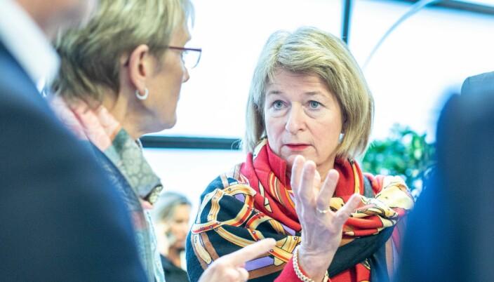 — Jeg mener fellesskapet bør gå inn og innvilge en to måneders forlengelse til alle stipendiatene og det vil UHR støtte institusjonene i å kreve ved neste ordinære budsjett, sier styreleder i UHR, Anne Husebekk.