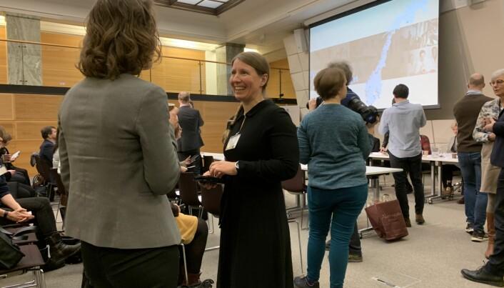 Leder i Forskerforbundet, Guro Lind, på framlegging av nye universitets- og høgskolelov for ett år siden.