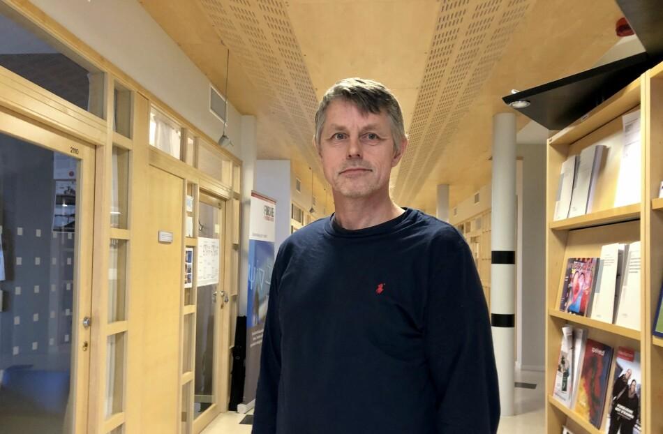 Arne Sørensen hadde lang erfaring som lærer da han for knappe fire år siden ble ansatt på universitetet i en lektorstilling. Planene om en fremtid som forsker kan nå stå i fare. Foto: Njord V. Svendsen